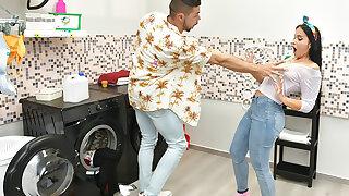 Roommates Fuck Recklessness Burnish apply Washing Machine